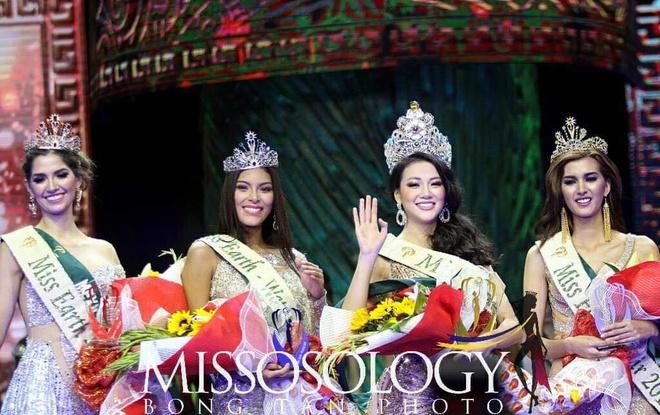 Phuong Khanh dang quang Miss Earth anh 6