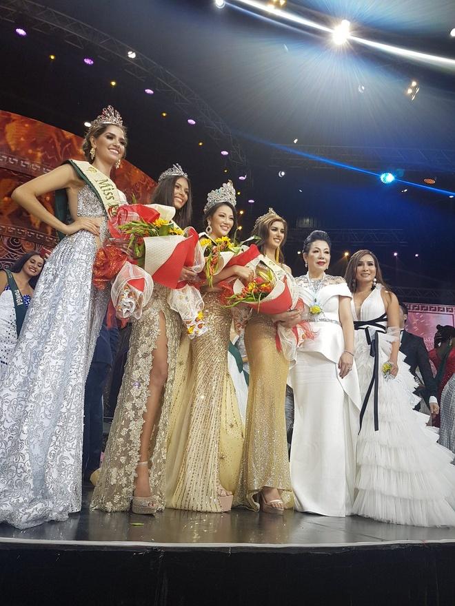 Phuong Khanh dang quang Miss Earth anh 8