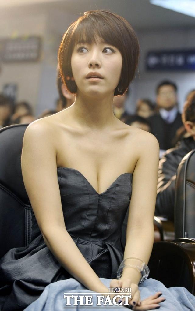 Han Ji Min - sao nu gay tranh cai tro thanh anh hau Han Quoc hinh anh 5