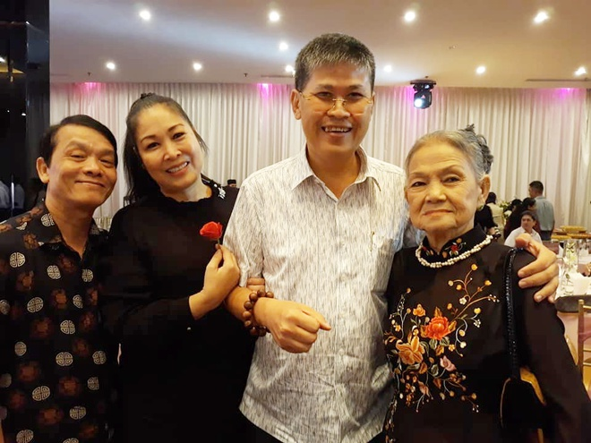 Nghe Si Viet Tuong Nho 40 Nam Ngay Mat 'Nu Hoang San Khau' Thanh