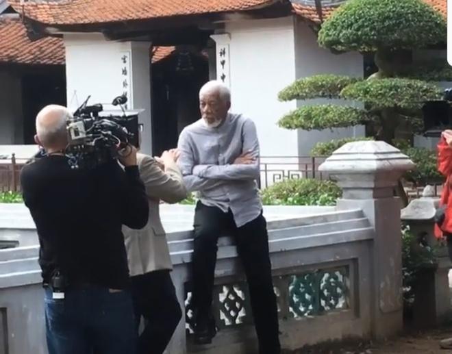 Morgan Freeman toi Viet Nam anh 1