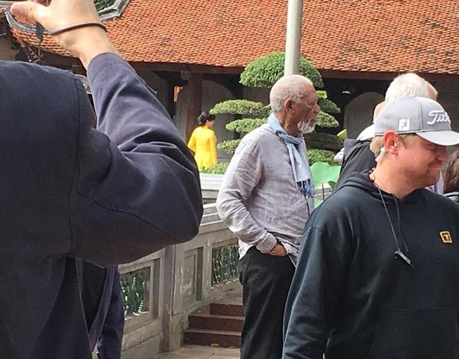 Morgan Freeman toi Viet Nam anh 2