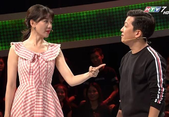 Thuc hu tin Hari Won bo dan do buc xuc voi Truong Giang hinh anh