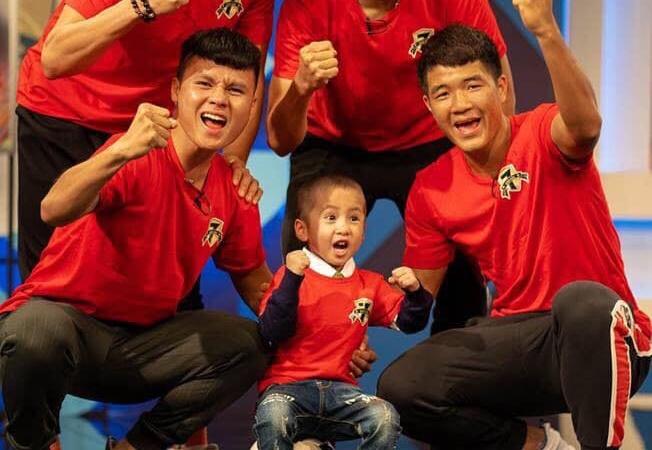 Quang Hai nhan den be bi u nao: 'Cac chu giu loi hua voi con roi' hinh anh