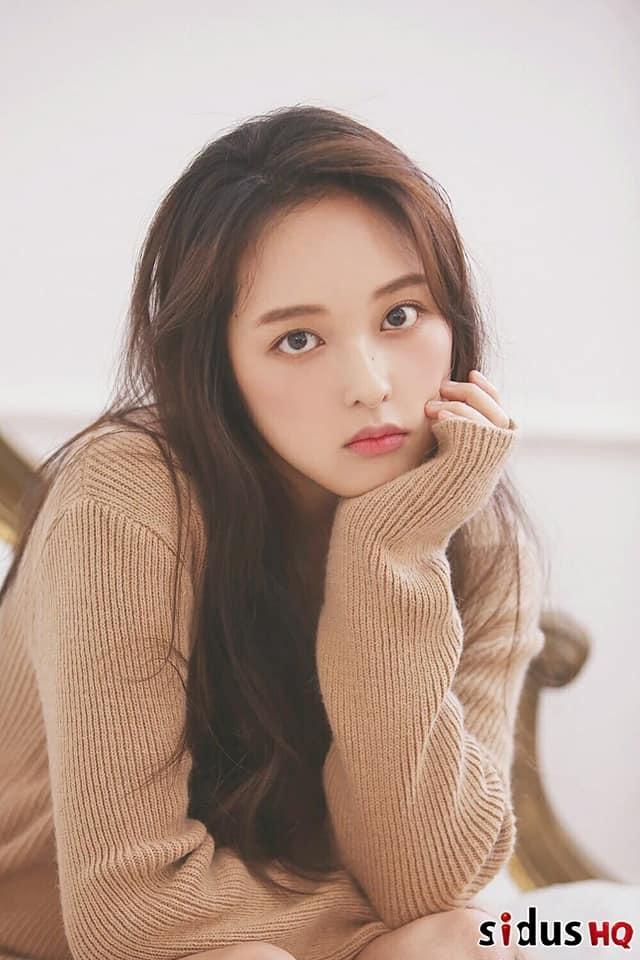 Kim Bo Ra - tu 'ban sao Sulli' den hien tuong showbiz Han Quoc 2019 hinh anh 5