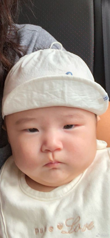 Lam cha o tuoi 52, Le Minh chieu chuong con gai het muc hinh anh 2