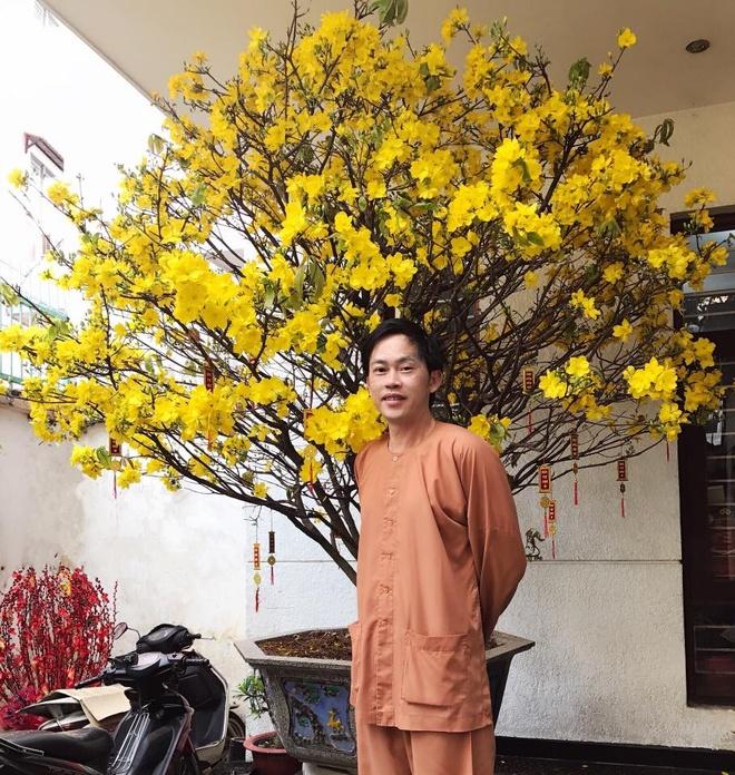 Dam Thu Trang don Tet ben Cuong Do La va me chong hinh anh 11