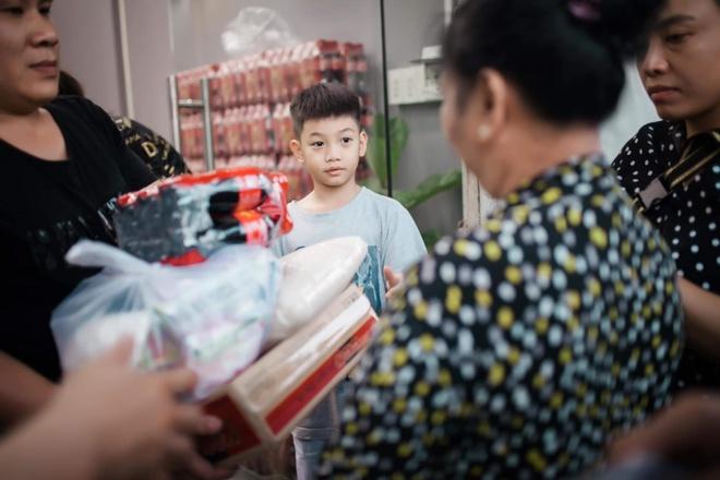 Con trai Cuong Do La - Ha Ho lon phong phao, hoc gioi, thich the thao hinh anh 4