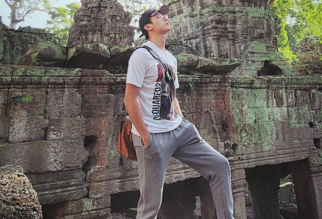 Rocker Nguyen tro lai ve nam than sau thoi gian gay go xuong sac hinh anh 6