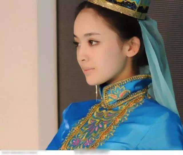 Nhan sac o tuoi 15 cua my nhan Tan Cuong duoc khen ngoi het loi hinh anh 1