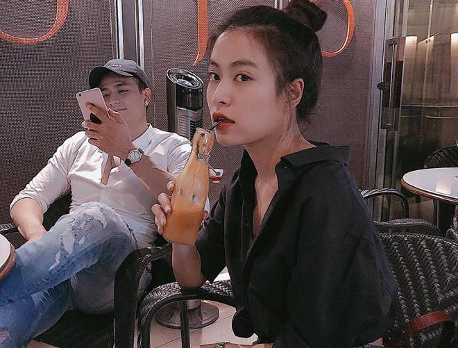 Vinh Thuy dang anh om co gai la giua tin chia tay Hoang Thuy Linh hinh anh 2