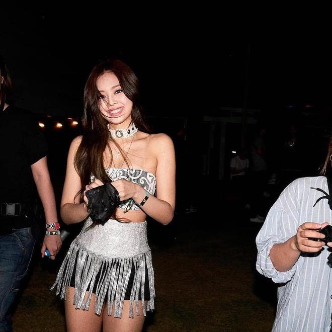 Jennie (Black Pink) - than tuong Han gay xon xang vi ve dep goi cam hinh anh 2