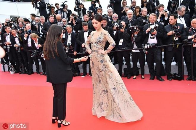 Thi Du Phi Cannes anh 2