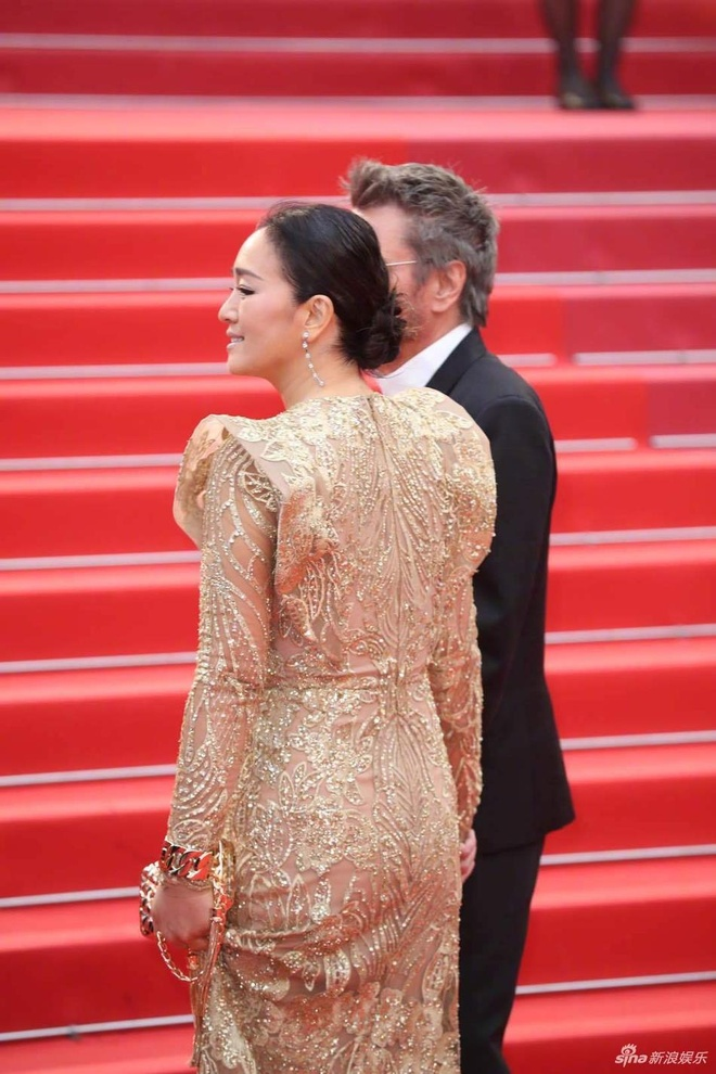 Sao nu Trung Quoc gay chu y o Cannes vi qua giong Song Hye Kyo hinh anh 9