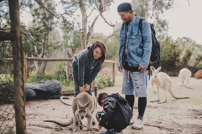 'Qua nhi, co co' Pham Van Phuong - Ly Minh Thuan du lich o Australia hinh anh 3
