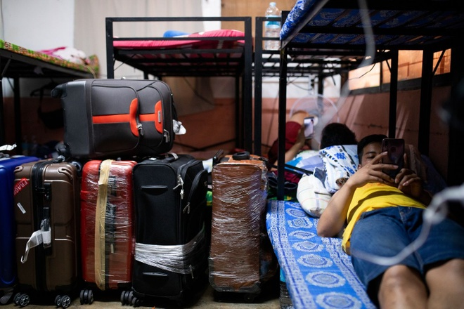 Hang nghin giup viec Philippines khong the tro lai Hong Kong hinh anh 2 1400x_1_1_.jpg