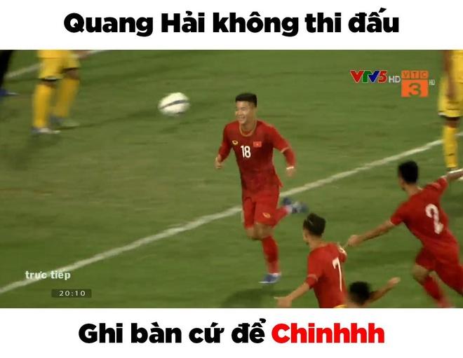Anh che Bui Tien Dung 'khong co gi de bat' trong tran gap U23 Brunei hinh anh 1
