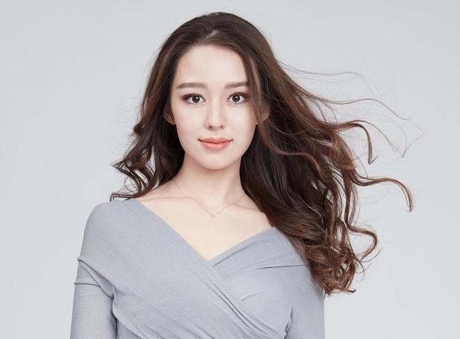 Vợ 9X lai Hàn - Đức của 'hoàng tử piano Trung Quốc' Lang Lang
