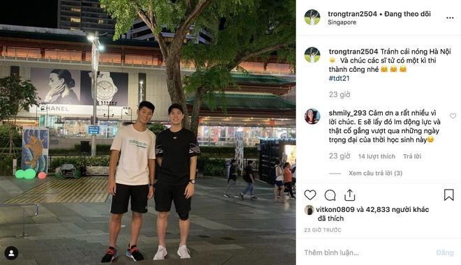 Cha con Hai Que 'on thi', Dinh Trong gui loi chuc si tu tu Singapore hinh anh 3