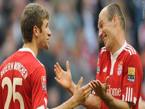 Muller, Robben ghi ban dep nhat vong 9 Bundesliga hinh anh