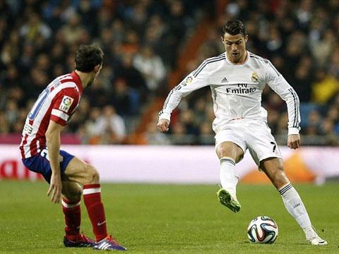 Hazard, Ronaldo, Messi choi bong ngau hung hinh anh