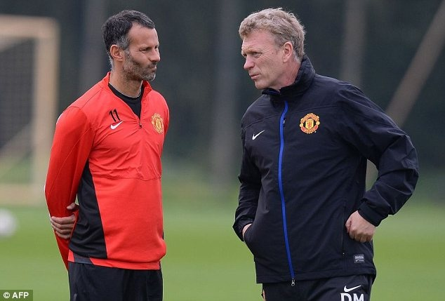 Giggs thach thuc Moyes trong phong thay do M.U hinh anh