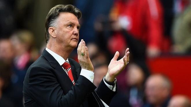 Man Utd lot top 4, Van Gaal len tieng de doa doi thu hinh anh