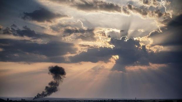 May bay chien dau Ukraina no tung gan hien truong MH17 hinh anh 1