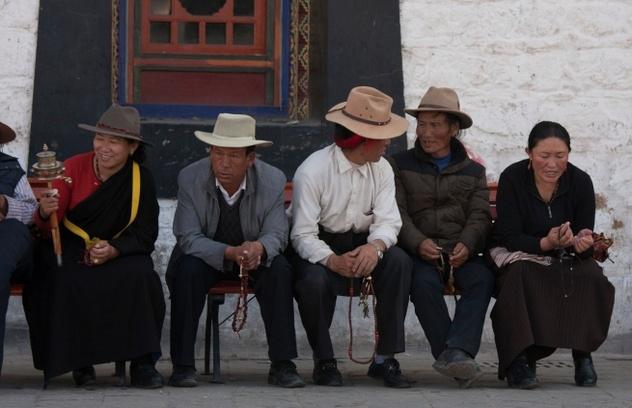10 kha nang ky la cua con nguoi (ky 1) hinh anh 3 Người Tây Tạng có thể sống ở độ cao 4 km so với mực nước biển nhờ gen EPAS1. Ảnh: Listverse