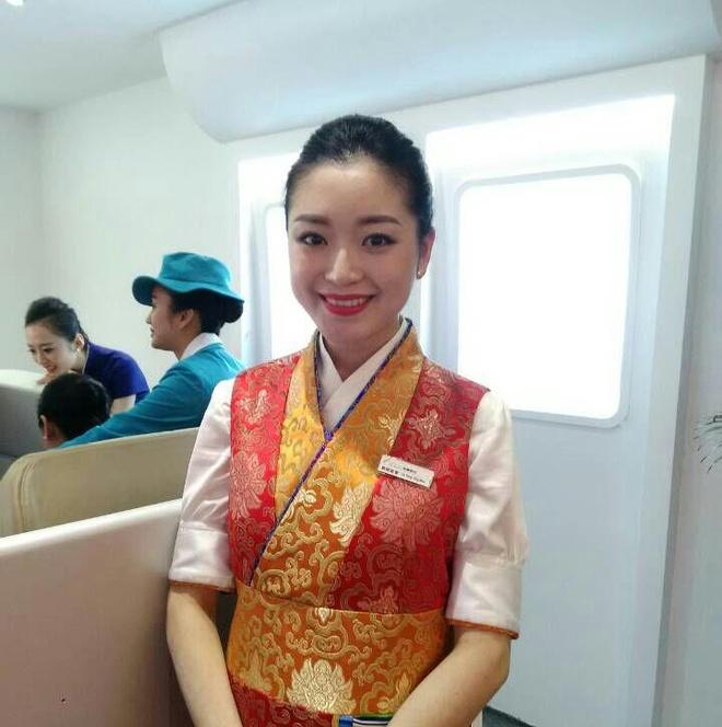 Nhung 'bong hong' tai China Airshow 2014 hinh anh 13 p