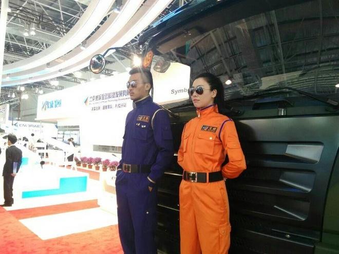 Nhung 'bong hong' tai China Airshow 2014 hinh anh 2 Bên cạnh các sự kiện hàng không