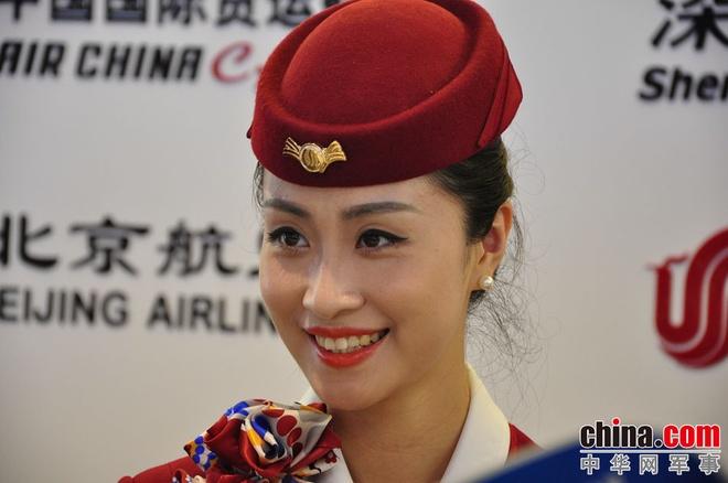 Nhung 'bong hong' tai China Airshow 2014 hinh anh 8 l