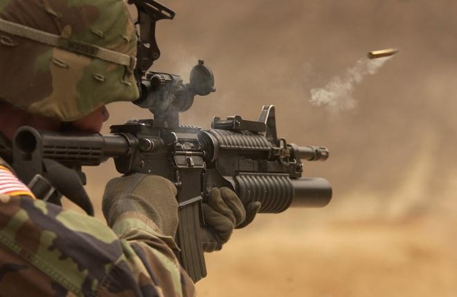Nhuoc diem cua sung truong 'con nha giau' M16 hinh anh
