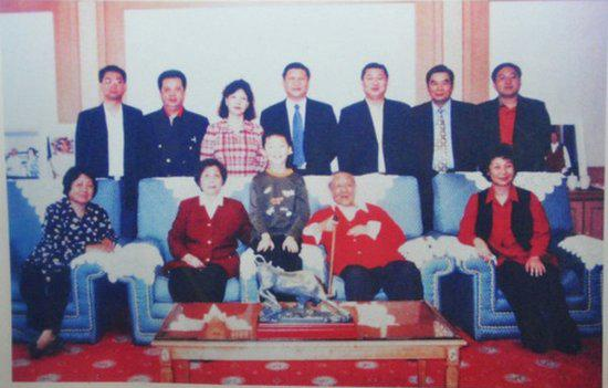 Thoi tre cua nguoi quyen luc nhat Trung Quoc hinh anh 10 a