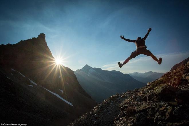 Canh dep nhu tranh tren trai dat trong loat anh tu suong hinh anh 11 Nhiếp ảnh gia chụp lại khoảnh khắc đầy sức sống tại đèo Wiwaxy trong Vườn Quốc gia Yoho, tỉnh British Columbia, Canada.
