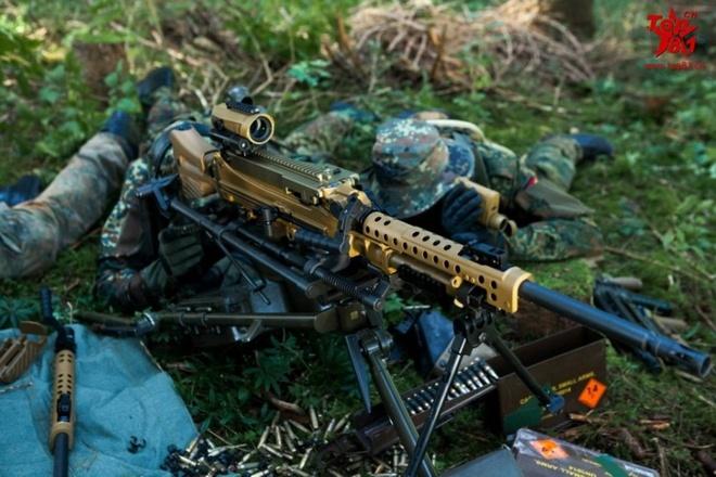 Uy luc sung truong HK121 cuc manh cua Duc hinh anh