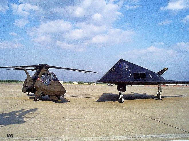 """Chương trình RAH-66 Comanche chính thức bị """"khai tử"""" vào ngày 23/02/2004."""