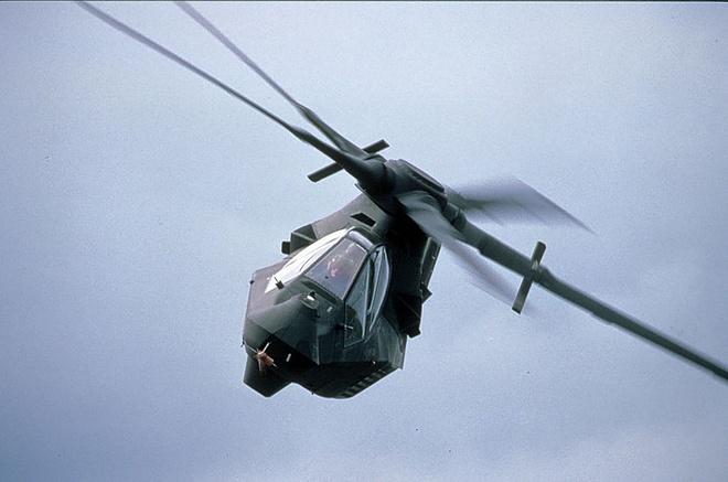 Ấn tượng đầu tiên về RAH-66 là một thiết kế rất hầm hố.