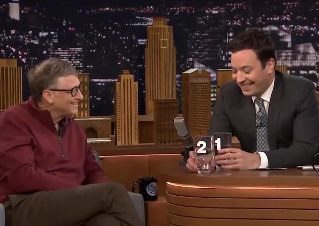 Bill Gates lua nguoi dan chuong trinh uong nuoc tai che hinh anh