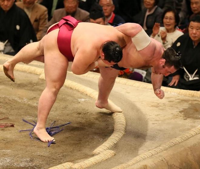 Cuoc song cua cac vo si sumo Nhat Ban hinh anh 12 h