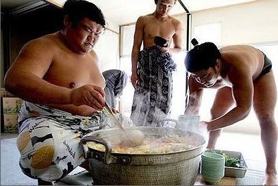Cuoc song cua cac vo si sumo Nhat Ban hinh anh 5