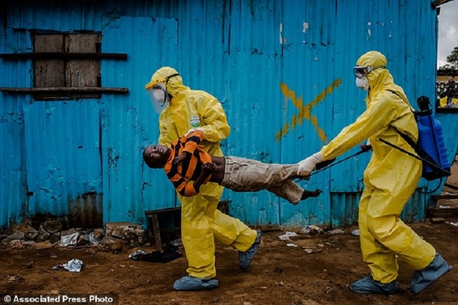 Loat anh ve dich Ebola doat giai Pulitzer 2015 hinh anh