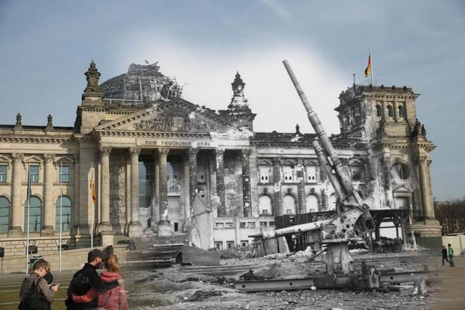 70 nam sau The chien II: Berlin ngay ay - bay gio hinh anh 6 Súng pháo binh Đức trước đống đổ nát của Reichstag tháng 07 năm 1945 tại Berlin đối lập với hình ảnh người dân thư giãn trước Reichstag hiện tại.