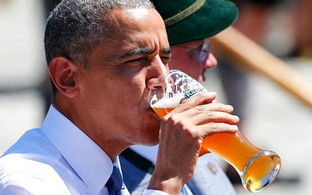 Obama den ngay quan bia sau khi toi Duc du hoi nghi G7 hinh anh