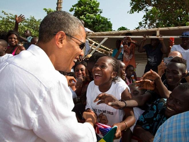 Que noi hao huc don Obama ve tham hinh anh