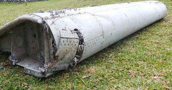 Con so bi an tren manh vo nghi cua MH370 hinh anh