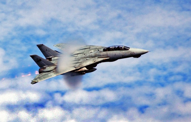 F-14 Tomcat, huyen thoai chien dau co cua My hinh anh