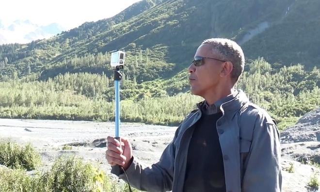 Obama chup anh tu suong, nhay voi thieu nhi tai Alaska hinh anh