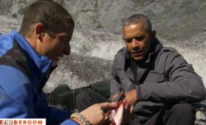Obama an ca thua cua gau trong thu thach sinh ton hinh anh