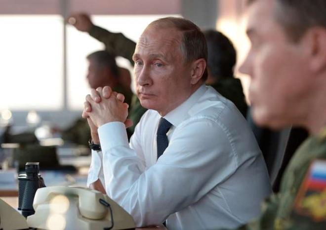 Tong thong Putin: 'Dung goi toi la Sa hoang' hinh anh